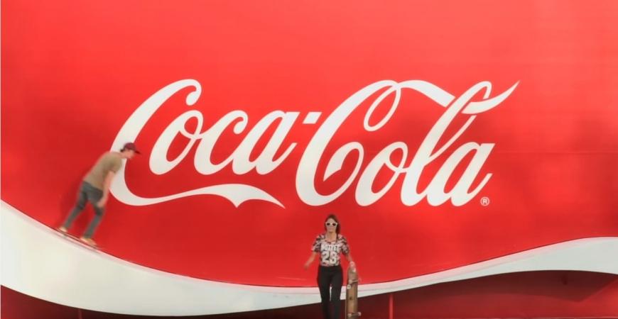 Genial Spot de Coca Cola skateboard