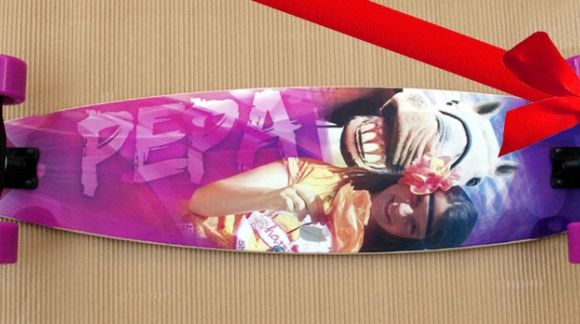 A custom skate board is the BEST GIFT! Valentine's Day
